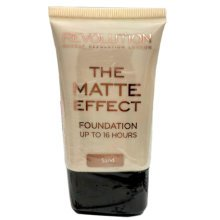 Makeup Revolution Matte Effect Foundation Sand