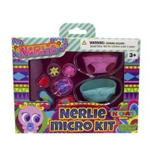 Neonate Nerlie Accessories Micro Kit By Distroller (Green &amp Pink Diaper)