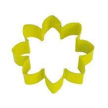 Daisy Cookie Cutter -  butterfly sparkle birthday party range girl tableware balloons decorations daisy cookiepastry cutter yellow shaped cutters