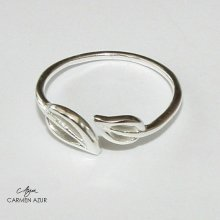 Solid 925 Sterling Silver Toe/Midi Ring Leaf Design
