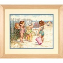 D35216 - Dimensions Counted X Stitch - Beach Babies