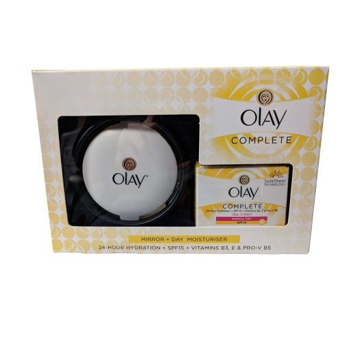 Olay Essentials Complete Care Set - SPF15 Day Moisturiser and Compact Mirror