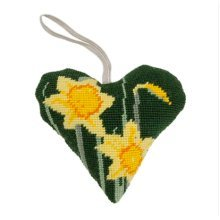 Daffodil Lavender Heart Small Tapestry Kit