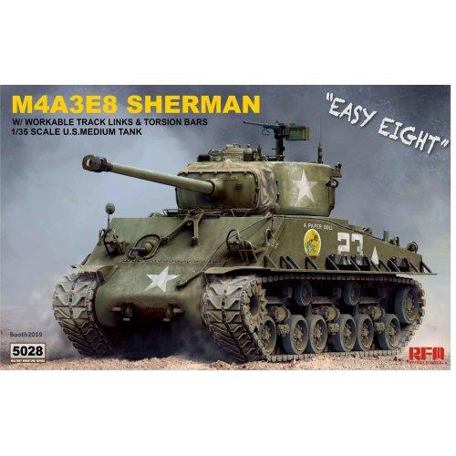 1:35 US Sherman M4A3E8 Workable tracks & torsion bars Military Model Kit