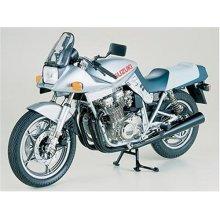 Suzuki GSX1100S Katana - 1/6 Bike Model Kit - Tamiya 16025