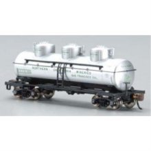 Bachmann Industries 3 Dome Tank Chemcell Car, N Scale